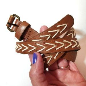 🎠 3/$15 Vintage boho arrow belt